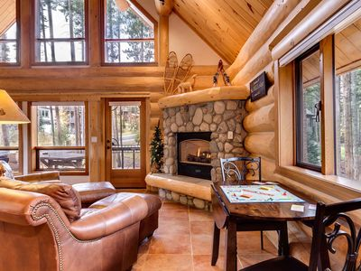 Walk To Slopes Luxury Log Home Close To Vrbo