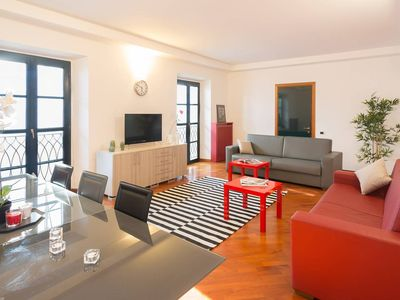 Photo for Pontaccio 2 apartment in Centro Storico with WiFi & air conditioning.