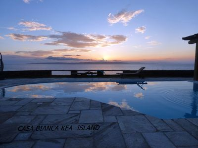 Photo for Villa Casa Bianca on the waterfront with a swimming pool and amazing sea view
