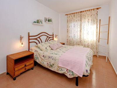 Photo for Apartment Center Pineda in Pineda de Mar - 4 persons, 2 bedrooms