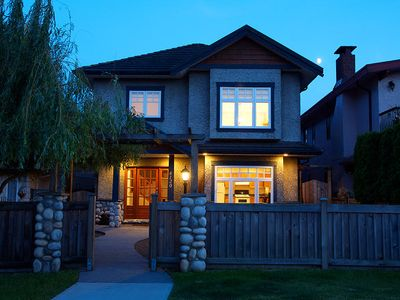Photo for Vancouver Heights Beautiful Boutique Home Sleeps 7 Excellent Location