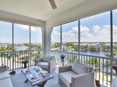 Photo for PENTHOUSE! Just 2 Min from Anna Maria Island, Heated Pool, Playground, Elevator