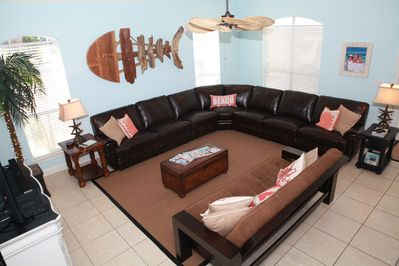 Brand-new sectional March 2016 with FIVE recliners