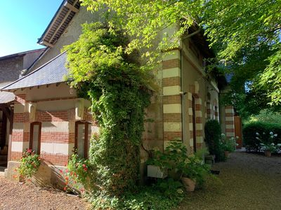 Photo for Charming house sleeps 12 in beautiful castle park