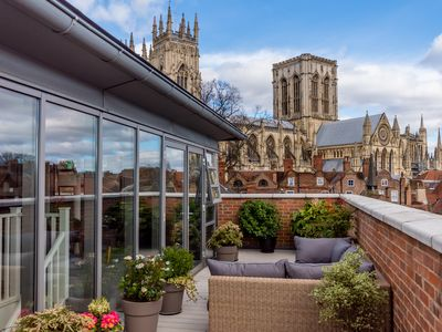 Photo for The finest 2 bed apartment in York!