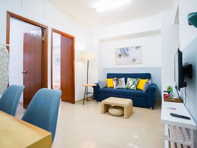Photo for 2 Queen beds Spacious Apt in Wanchai