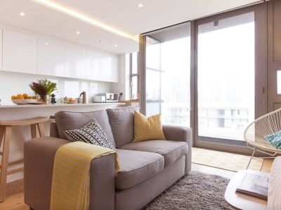 Photo for Stylish, upmarket and central with amazing views