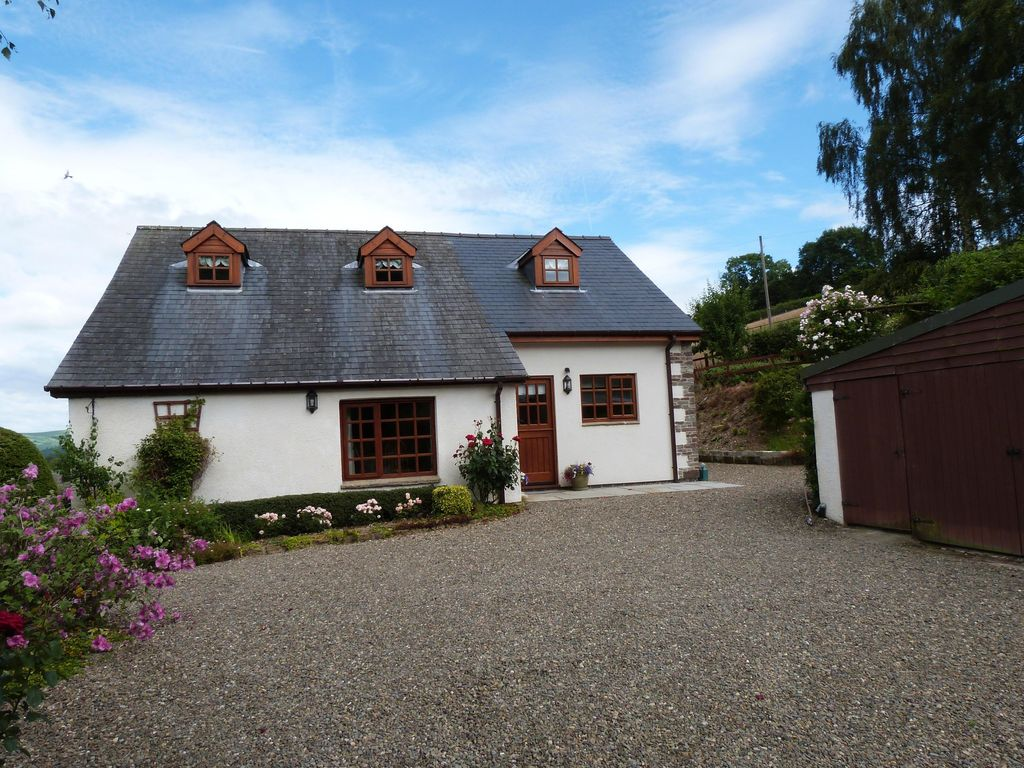 3 Bedroom Holiday Cottage Beautiful cottage in the heart of mid