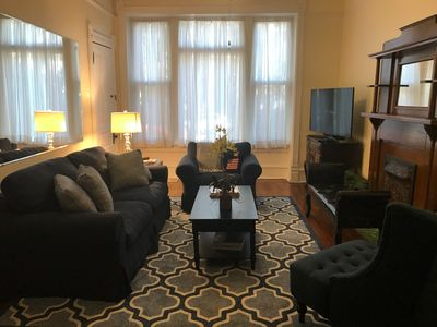 Photo for Clean and spacious, awesome Lakeview location! Walk to everything from our place