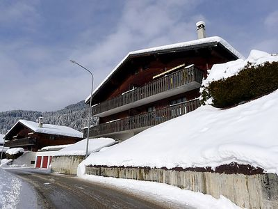 Photo for Apartment Les Pins E4  in Villars, Alpes Vaudoises - 5 persons, 2 bedrooms