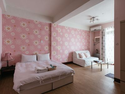Photo for Fengjia Night Market, comfortable and spacious apartment for 2-6pax