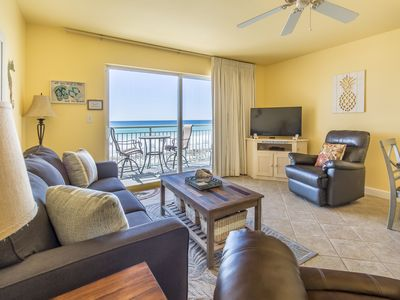 Photo for Charming gulf front condo, Beach setup included, Minutes to entertainment