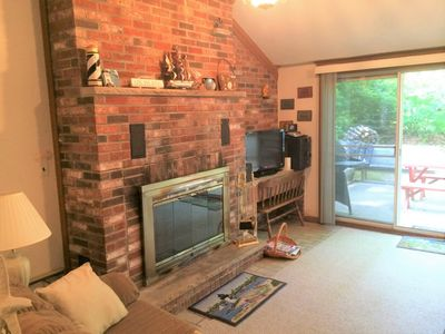 Photo for Brick Ranch on Cul-de-sac, with Fireplace and Central Air Conditioning !