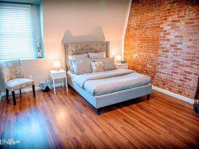 Photo for ⭐The Nook⭐Large Modern Studio⭐3 Miles to Downtown⭐