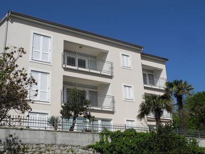 Photo for Holiday apartment with air conditioning, just 50 meters from the Adriatic Sea