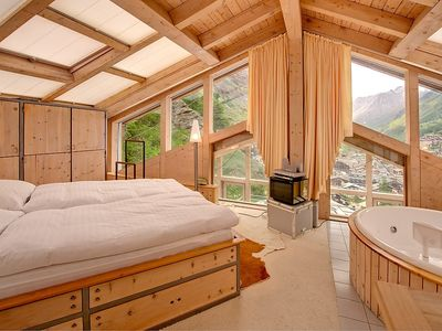Photo for Apartment in the center of Zermatt with Internet, Lift, Terrace, Washing machine (143457)