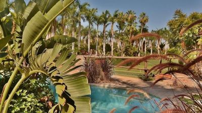 Paradise!  All guests can share pool and tennis!