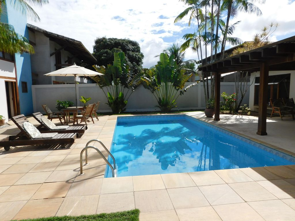 Beach House With 04 Suites Swimming Pool With American