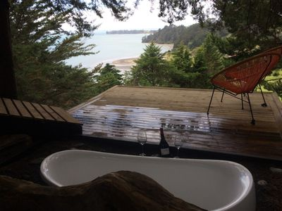 Photo for Relaxing Coastal Retreat 1 Hour from Auckland, NZ