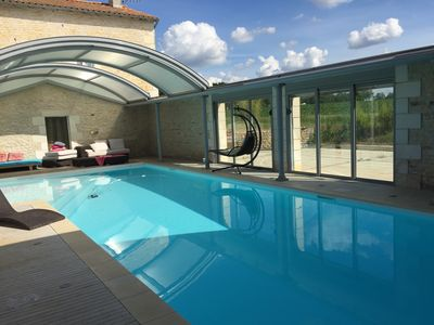 Photo for Large cottage and swimming pool 7kms Futuroscope