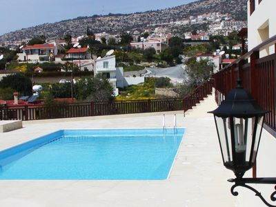 Photo for Luxury 1 bedroom apartment (sleeps 4) with shared pool
