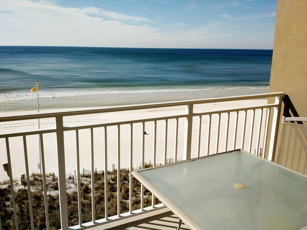 New Luxury Beachfront Vacation Rental a Panama City