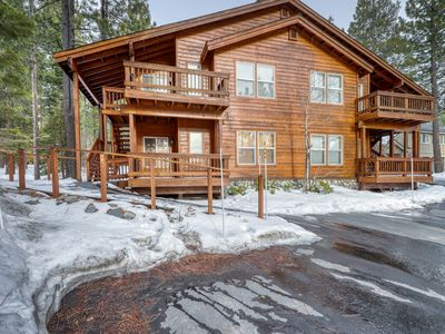 Photo for Modern retreat w/wooden touches, shared hot tub, pool, sauna, basket & tennis