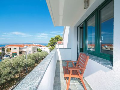 Photo for ctbv257/ Spacious apartment of 120m2, modern furnished, in Baška Voda, accommodates 4 persons in 2 bedrooms