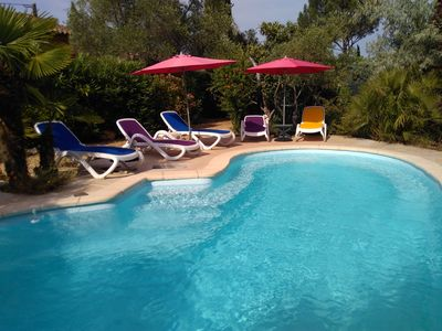 Photo for Pleasant naturist cottage near the hillsides of Provence