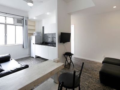 Photo for One bedroom apartment with 2 bathrooms for 5 persons in Copacabana!