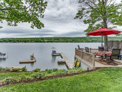 Photo for Lakeside Getaway on Waneta Lake, lovely 2 bedroom 1 1/2 bath, sleeps 6