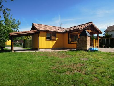 Photo for Fenced cottage rental with barbecue and children's play area