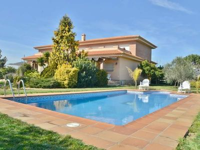 Photo for Rural holiday villa with pool within walking distance of Santa Susana beach, Costa Barcelona - CM434