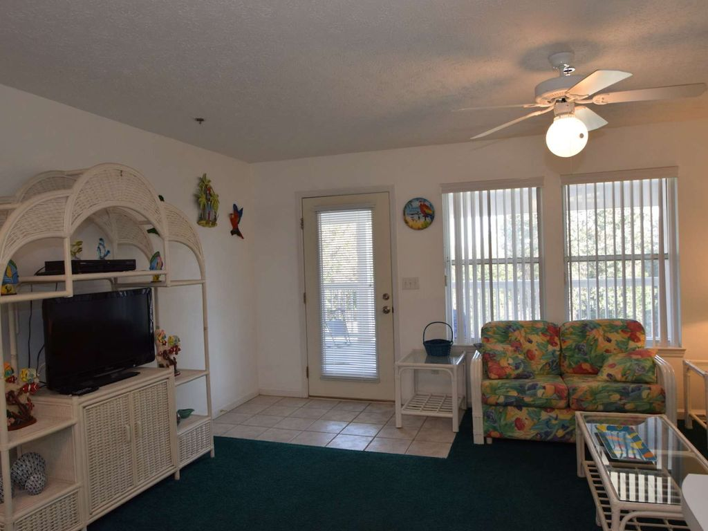 One Bedroom Condo In A Quiet Complex Yet Convenient To Beach Panama City Beach Florida