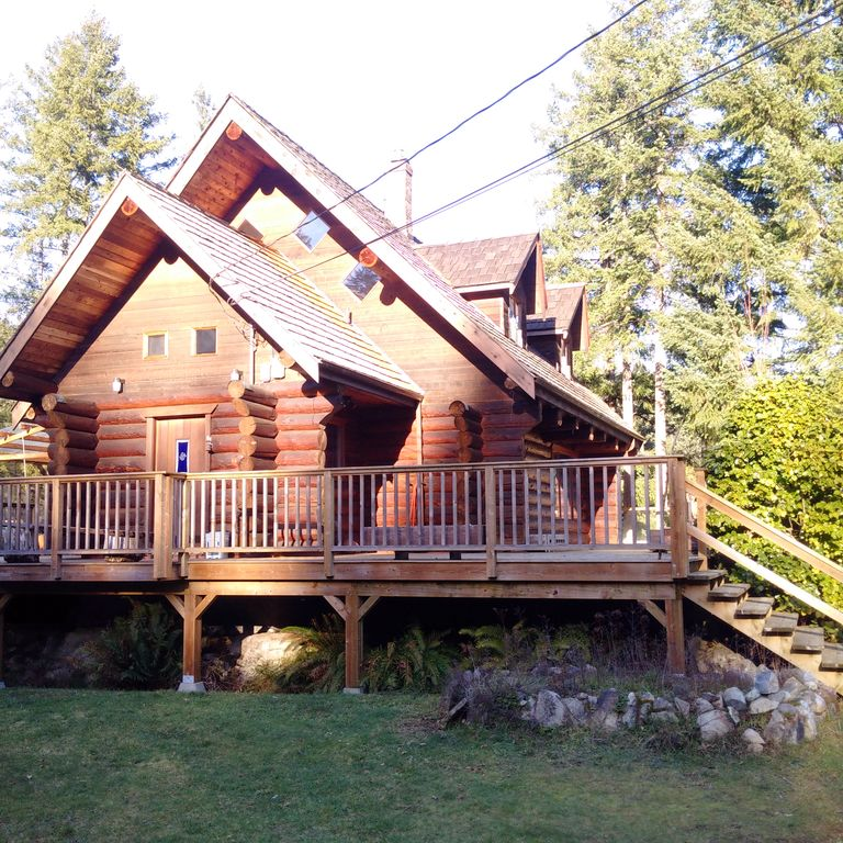 7 Clever Ideas For A Secure Remote Cabin: The Enchanted Woods Waterfront Log Cabin At...