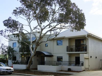 Photo for Executive 1 bedroom apartment in South Fremantle