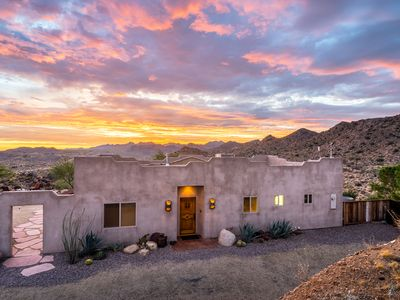 Photo for Luna Vista: Deluxe Home Among The Boulders With Amazing 360-degree Views