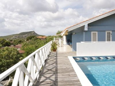 Entire villa/ family house with private swimming pool and ocean view!