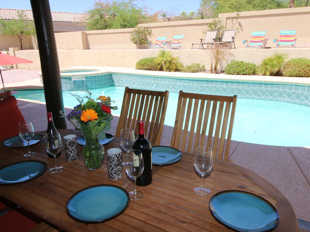 Beautiful 4 bdm pool spa home the perfect family getaway for 16 image the family salon