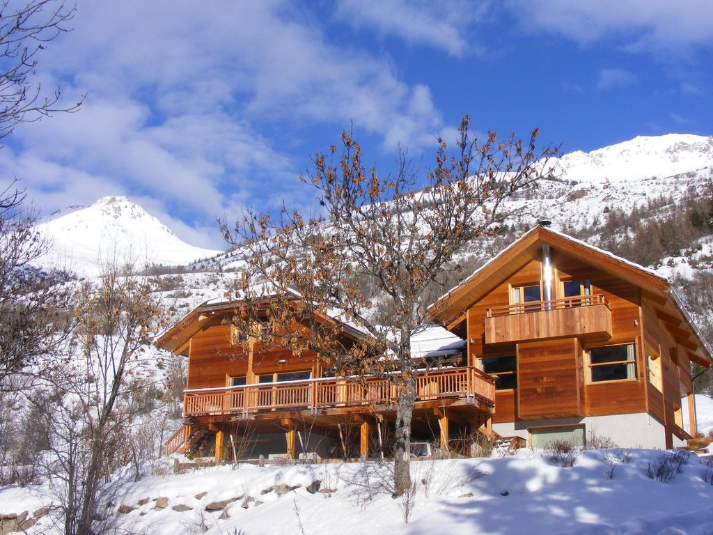 chalet serre chevalier 18 couchages 400m2 hautes alpes 1476502 abritel. Black Bedroom Furniture Sets. Home Design Ideas