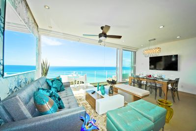 Outstanding Ocean view to the Pacific from living room