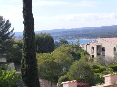 Photo for Studio sea view located in Saint-Cyr-sur-Mer, La Madrague. - 5 'walk to the beach