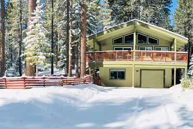Enjoy the snow! Surrounded by peaceful forest. Walk to miles of trails starting at the end of the street.