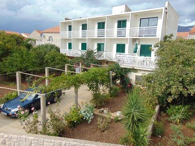 Photo for Three bedroom apartment with balcony and sea view Sućuraj, Hvar (A-12887-a)