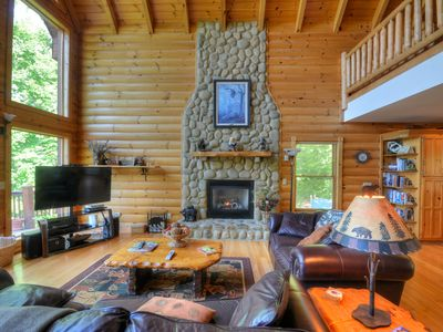 Photo for EAGLES NEST HIDEAWAY Luxury cabin, Spectacular View, Hot Tub, Fire Pit, Privacy