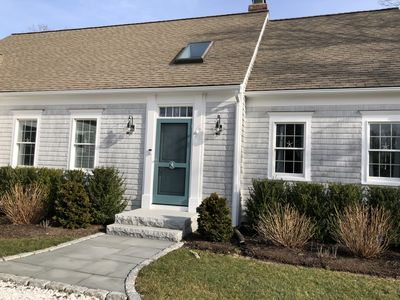 Photo for Beautifully renovated home close to town, fish pier and water
