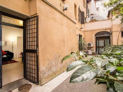 Photo for Apartment in the center of Rome with Internet, Air conditioning (18079)