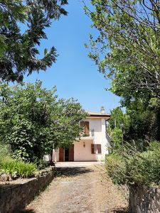 Photo for Upper floor apartment of a villa with terrace and garden and parking.