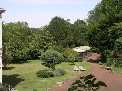 one garden and the swimmingpool