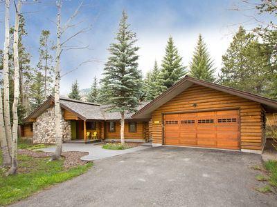 Photo for Updated log home. Close to ski mountain, downtown Jackson and National Parks.